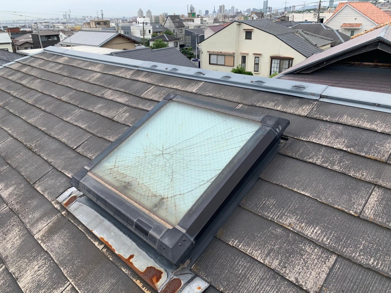 天窓ガラス割れ替え工事